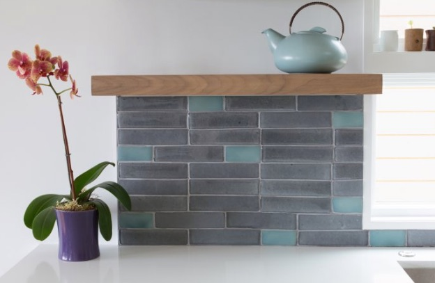 Cool_CRT_Makes_a__Back_Splash____Installation_Gallery___Fireclay_Tile